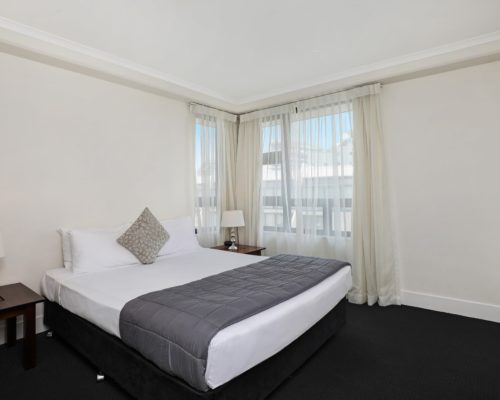 1-bedroom-Broadbeach-accommodation-neptune-resort1