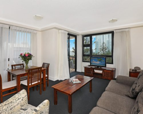 1-bedroom-Broadbeach-accommodation-neptune-resort2