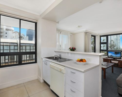 1-bedroom-Broadbeach-accommodation-neptune-resort3