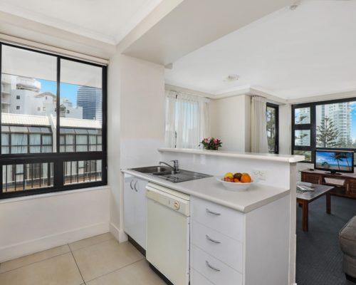 1-bedroom-Broadbeach-accommodation-neptune-resort3