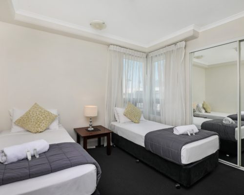1-bedroom-Broadbeach-accommodation-neptune-resort4