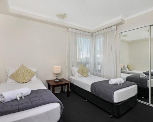 1-bedroom-Broadbeach-accommodation-neptune-resort4