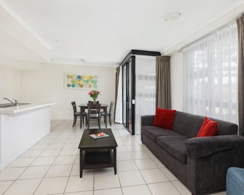 102-2-bedroom-broadbeach-accommodation-neptune-resort4