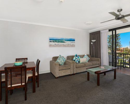 405-2-bedroom-broadbeach-accommodation-neptune-resort4
