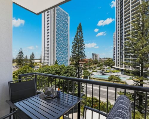 405-2-bedroom-broadbeach-accommodation-neptune-resort6