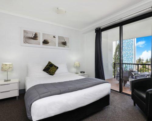 607-2-bedroom-broadbeach-accommodation-neptune-resort2