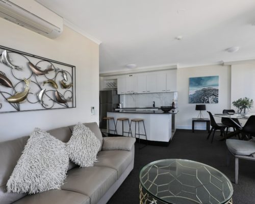 703-2-bedroom-broadbeach-accommodation-neptune-resort1