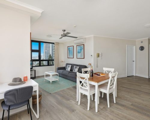 803-2-bedroom-broadbeach-accommodation-neptune-resort3