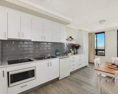 803-2-bedroom-broadbeach-accommodation-neptune-resort7