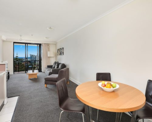 906-2-bedroom-broadbeach-accommodation-neptune-resort1