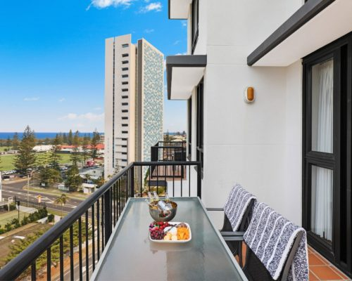 Broadbeach-accommodation-neptune-resort (1)