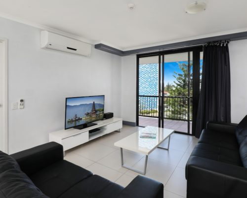 Broadbeach-accommodation-neptune-resort (5)