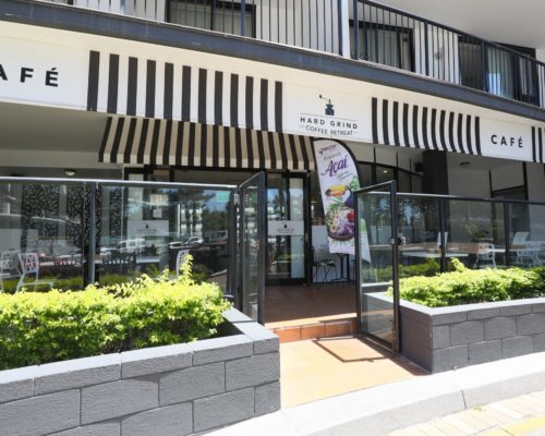 Broadbeach-accommodation-neptune-resort-cafe6