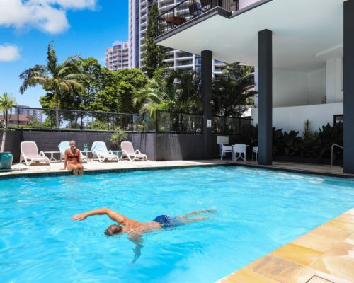 Broadbeach-accommodation-neptune-resort-swimming-pool3
