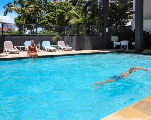 Broadbeach-accommodation-neptune-resort-swimming-pool4