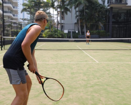 Broadbeach-accommodation-neptune-resort-tennis3