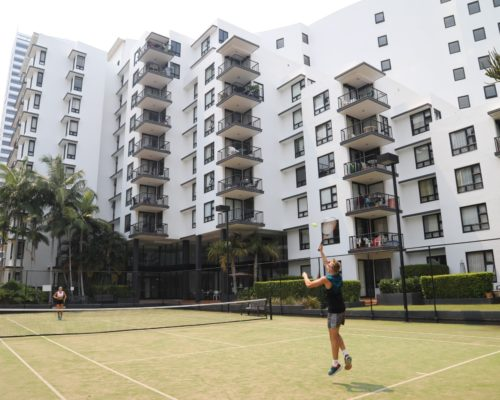 Broadbeach-accommodation-neptune-resort-tennis5